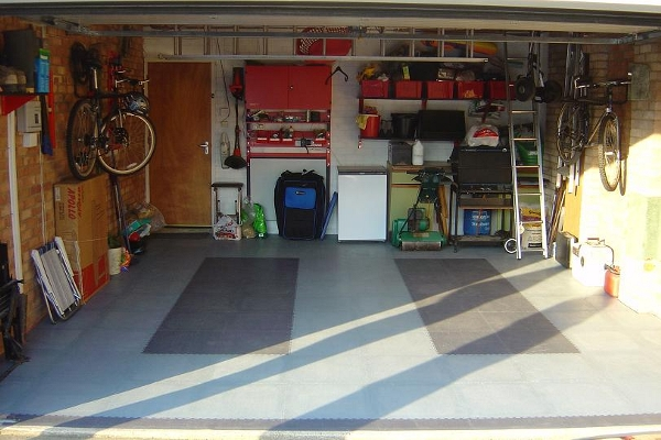 Interlocking Garage Floor